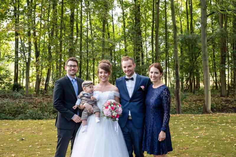 Brautpaar-mit-Kind-Fotograf-DSK