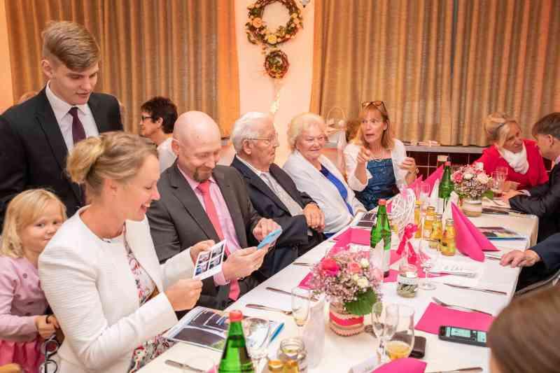 Hochzeitsfeier-Party-Hochzeit-Foto-DSK