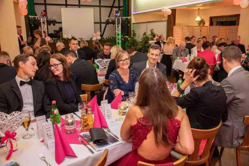 Hochzeitsgesellschaft-Hochzeit-Party-Foto-DSK
