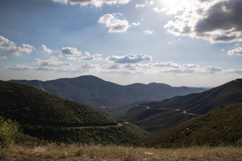 Sierra-Nevada-Forest-Landscape-Amazing-DSK